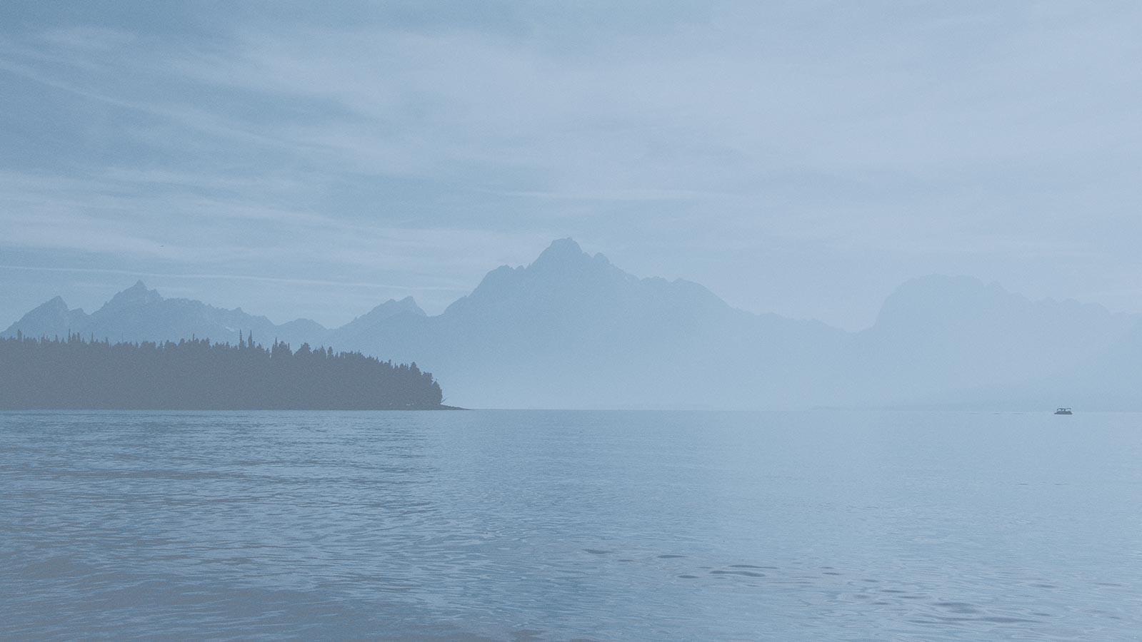 bg-mountain-lake - Copy